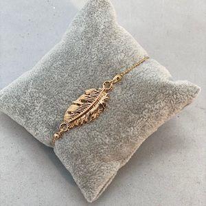 Jewelry - Gold feather bracelet